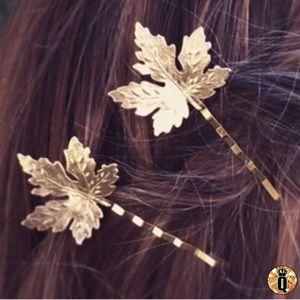 ⚜️[𝟯/$𝟭𝟯]⚜️Gold Maple Leaf Hair Clip Pin New